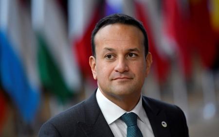 Первый гей-премьер Ирландии Лео Варадкар подал в отставку