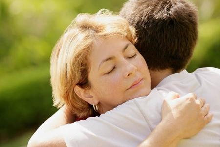 Мама спросила совета: как поддержать сына-гея?