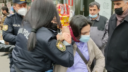 Азербайджан отметил 8 марта акциями протеста и задержаниями (ФОТО)(ВИДЕО)